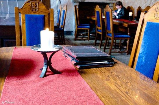 Peppersack: свеча на столе