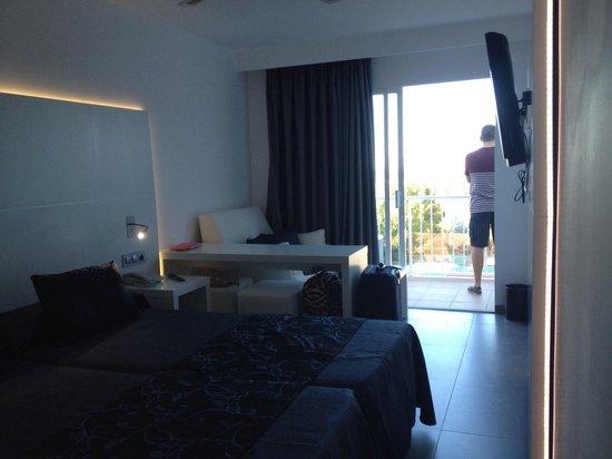 Portinatx Beach Club Hotel: Bedroom VIP