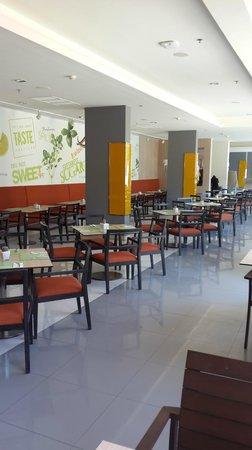 ibis Hua Hin: Dining-room