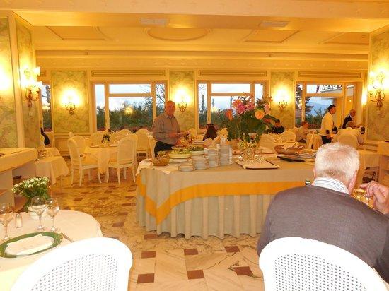 Grand Hotel De La Ville Sorrento: Salle à manger