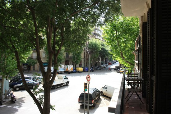 Dailyflats Barcelona Center : view from the terrace