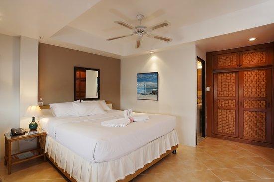 Summer Breeze Hotel: Penthouse