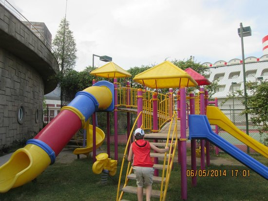 Queen Elizabeth Elite Suite Hotel & Spa: Мини клуб