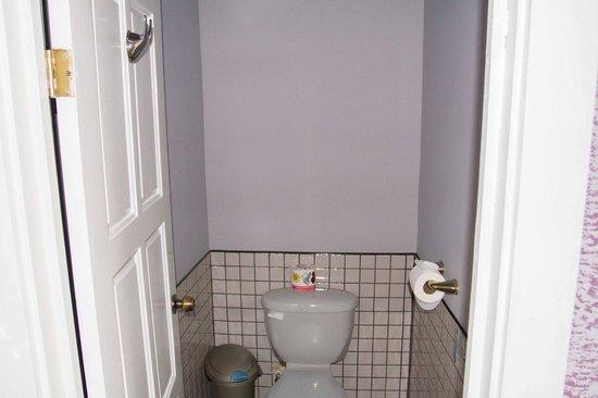 Cheers Cabanas: separate Toilette
