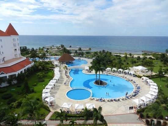 Luxury Bahia Principe Runaway Bay Don Pablo Collection: vue de notre chambre (707)