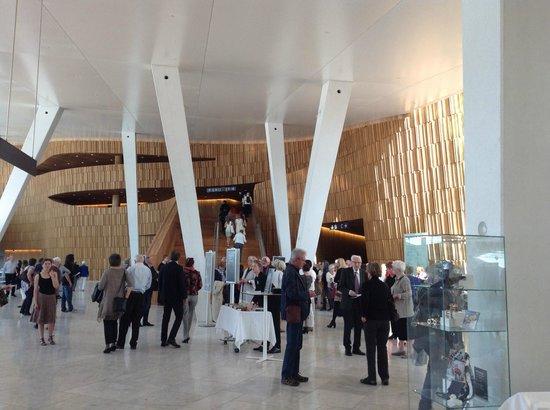 The Norwegian National Opera & Ballet: Interior entrance hall