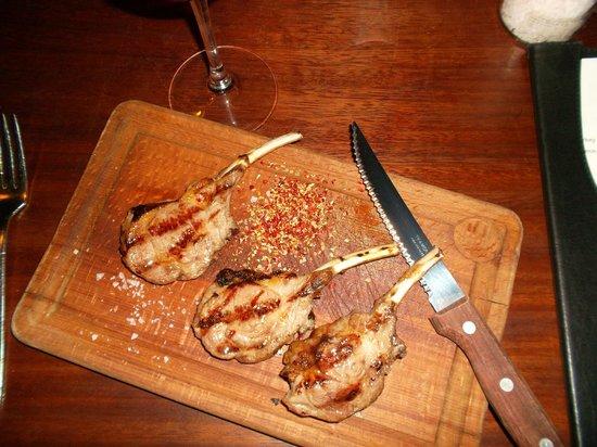 Gunaydin Kebap Restaurant: lamb chops