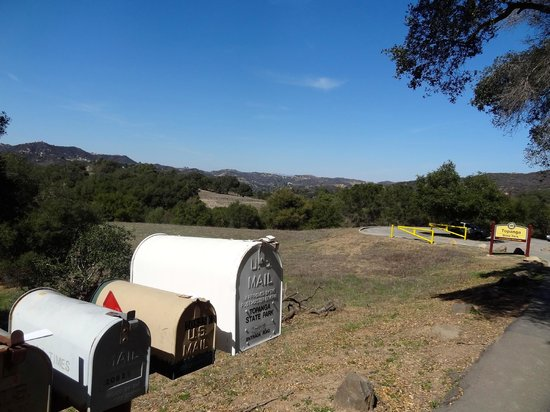 Topanga State Park : entrance to the park
