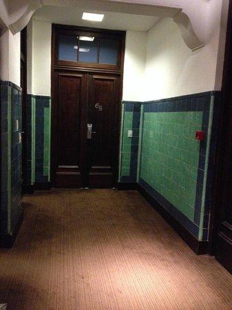 Moreno Hotel Buenos Aires: Os corredores são meio sombrios...