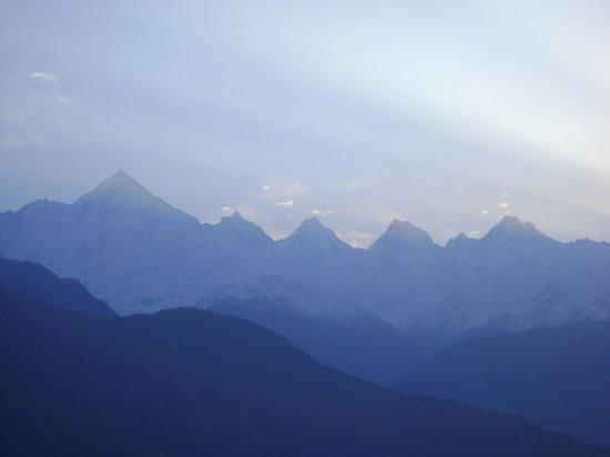 on way to Munsiyari-Panchchuli Mountain