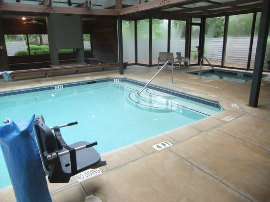 Cottages Indoor Pool Hot Tub Picture of Callaway Gardens Pine