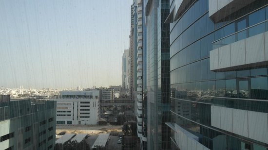Al Salam Hotel Suites : Von der Passage aus