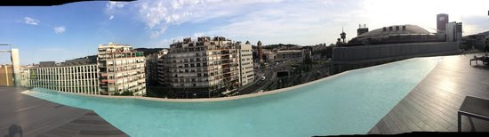B-Hotel : The rooftop pool