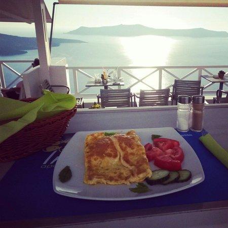 Iriana Cafe: Exellent food with exellent view... :)
