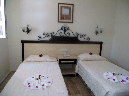 Hotel Comca Manzara: la chambre à l'arrivée