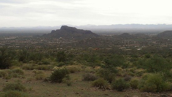 Hieroglyphic Canyon Trail: View from the trail in February
