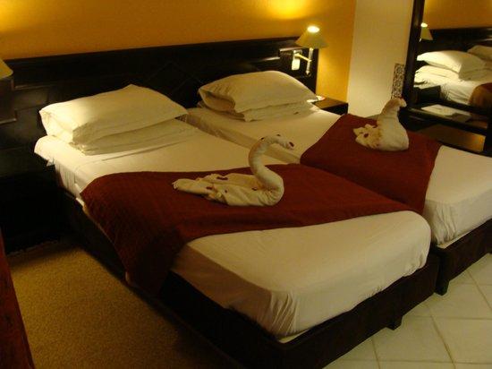 Ramada Liberty Resort Hotel: notre chambre à l'arrivée
