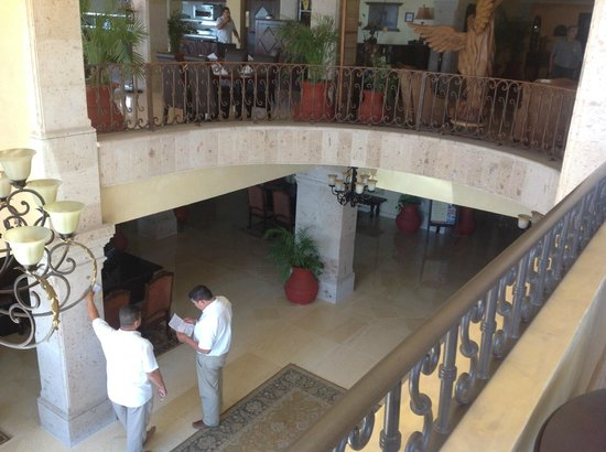 La Mision Loreto: Lobby from 2nd floor bar and dining area