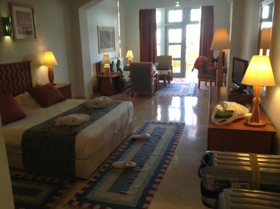 Steigenberger Golf Resort : Steigenberger: grosszügiges Zimmer