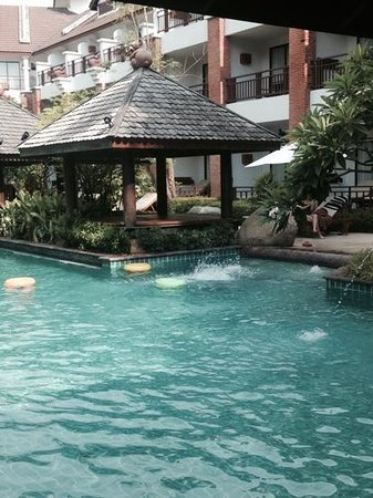 Woodlands Hotel & Resort : beautiful pool