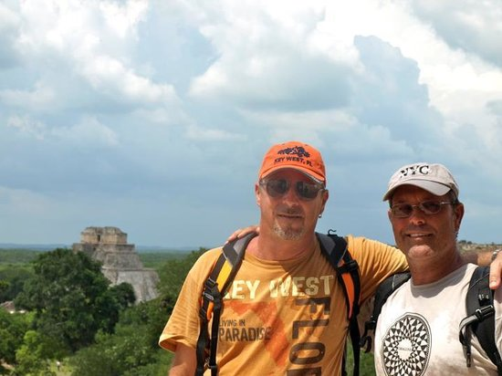 Templos de Uxmal: A very special happy day