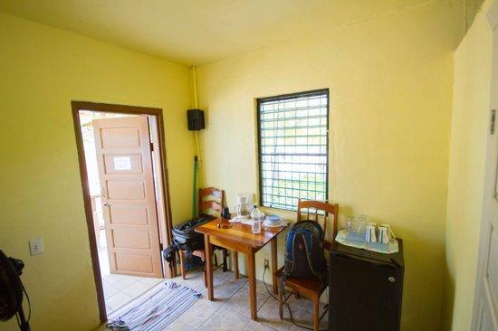 Tradewinds Hotel: Zimmer