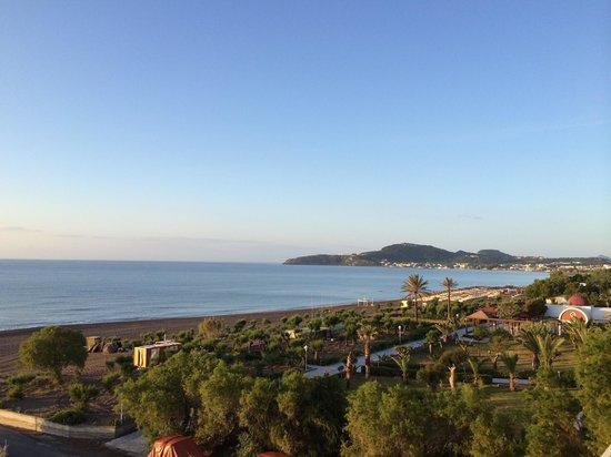 Blue Sea Beach Resort: Утро