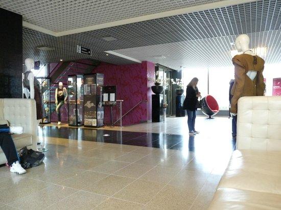 WestCord Fashion Hotel Amsterdam: front lobby