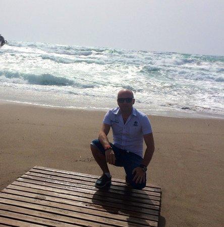 Blue Sea Beach Resort: Штормит