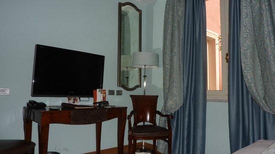 Grand Hotel Savoia : Номер