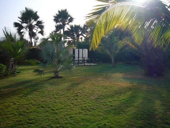 Hotel Keparanga : Depuis la piscine