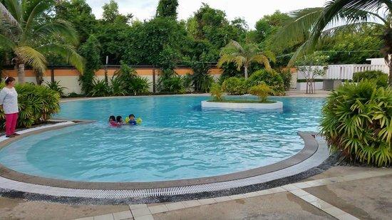Sea Sand Sun Resort: Swimming Pool