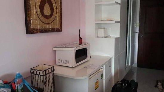 Sea Sand Sun Resort: Microwave