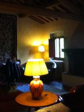 Villa il Poggiale Dimora Storica: La Fonte: il salotto