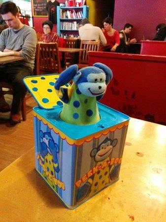 Sleepless Goat Cafe : pop goes the monkey