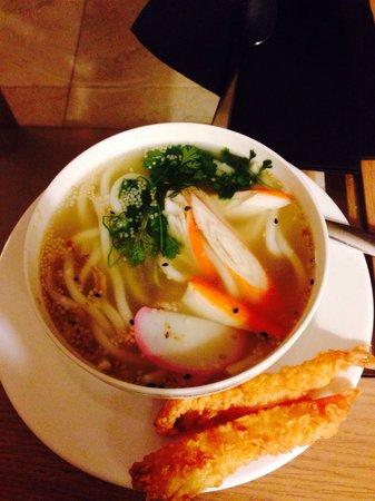 "Hotel SH Villa Gadea: Kitsume ""Tempura udon soup"""