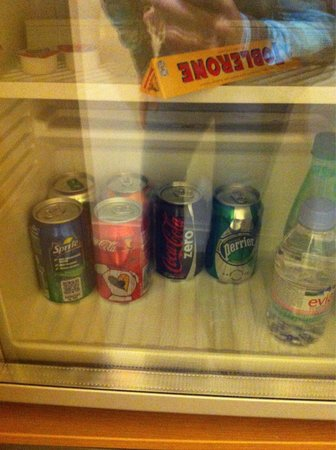 Novotel Monte Carlo : Complimentary minibar at Executive room.