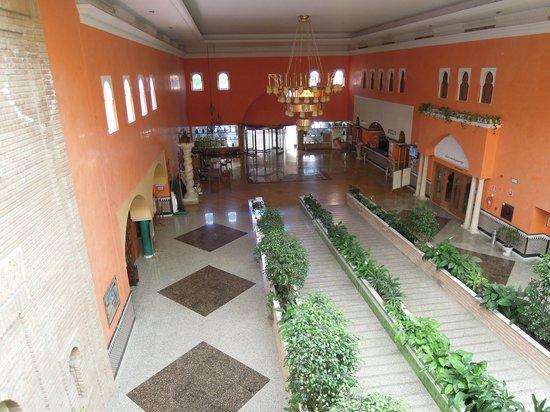 Playacalida Spa Hotel: Hall