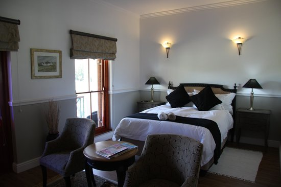Montagu Vines Guesthouse : Queen Bed - Garden Room