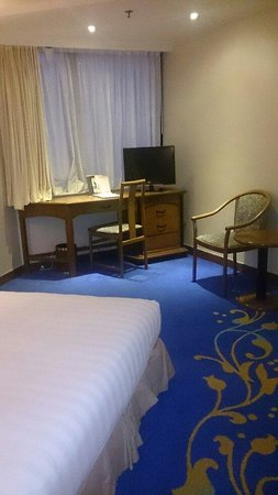 Kimberley Hotel: Quarto bem simplezinho. Mas o hotel é bem localizado.
