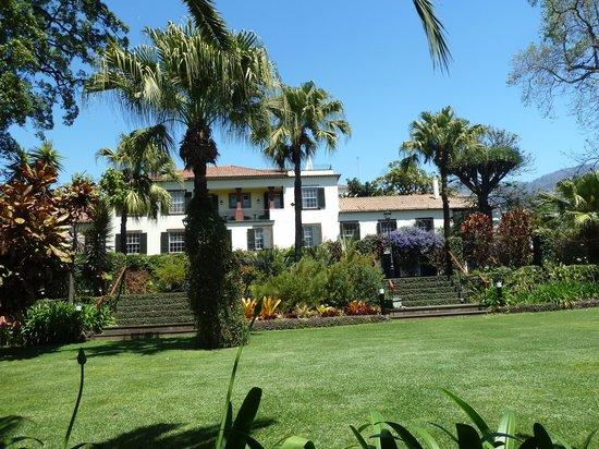 Quinta Jardins do Lago: Garten mit Haupthaus