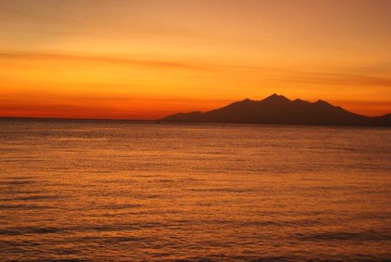 Adventure Divers Bali: Lever du soleil sur l'épave Liberty