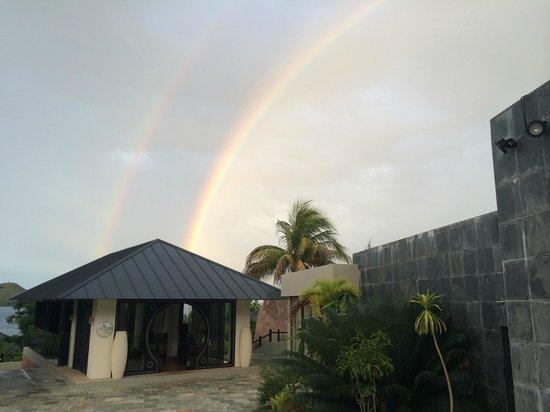 Raffles Seychelles: 2 rainbows