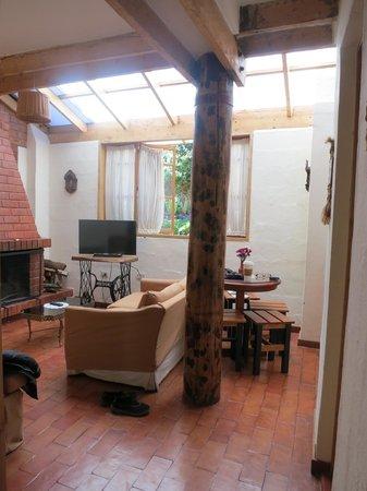 Casona La Recoleta: Two bedroom and two bath apartment living area