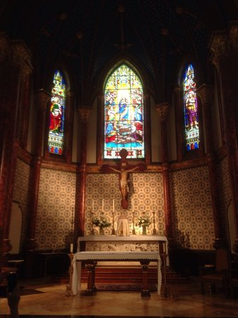 St. Mary's Cathedral: Beautiful cathedral!