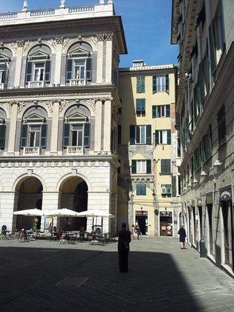 Locanda di Palazzo Cicala : Facade de l'immeuble séparé