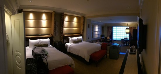 The Palazzo Resort Hotel Casino: General view of the room