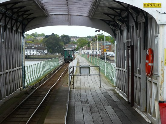Hythe Ferry: Looking back down the pier