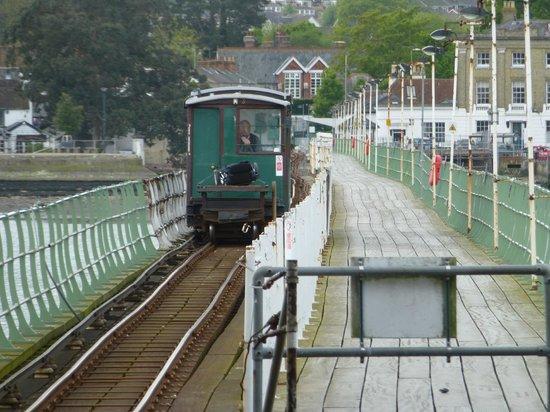 Hythe Ferry: Pier train