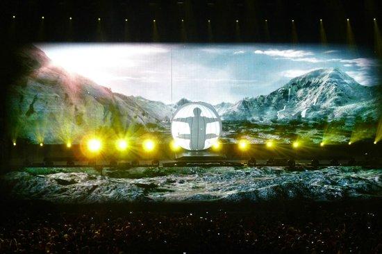 Ziggo Dome: Armin in the ball